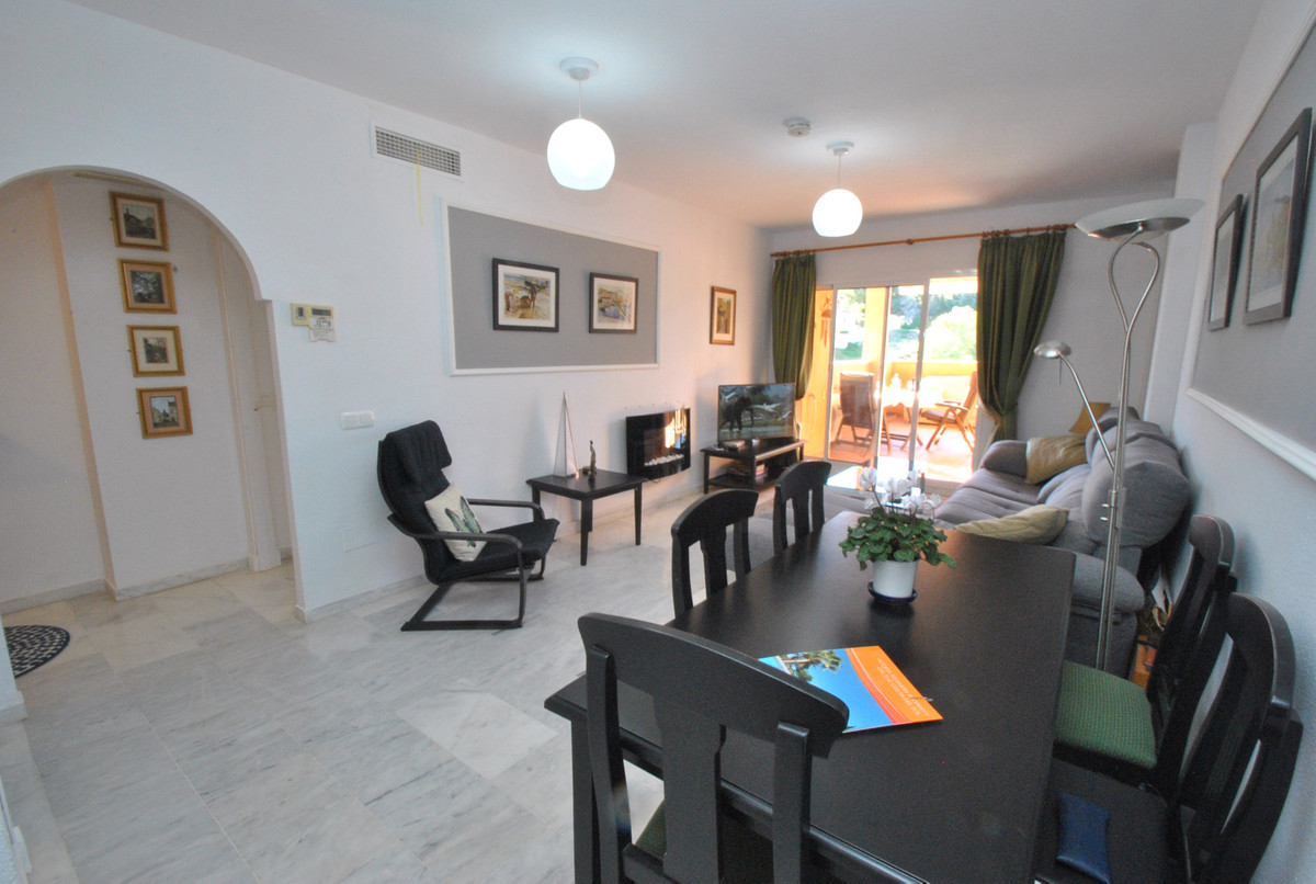 Apartamento Planta Media en Reserva de Marbella, Costa del Sol