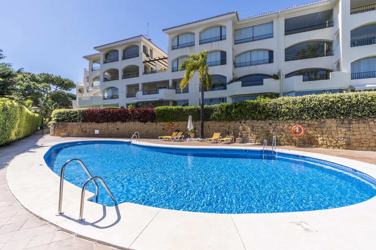 Ground Floor Apartment in Elviria R3412873