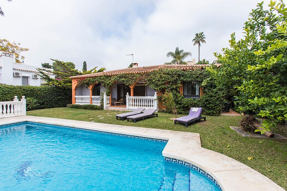 Villa i Marbesa R2178632