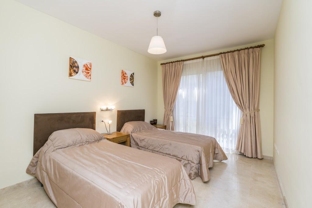 Apartamento con 2 Dormitorios en Venta Artola