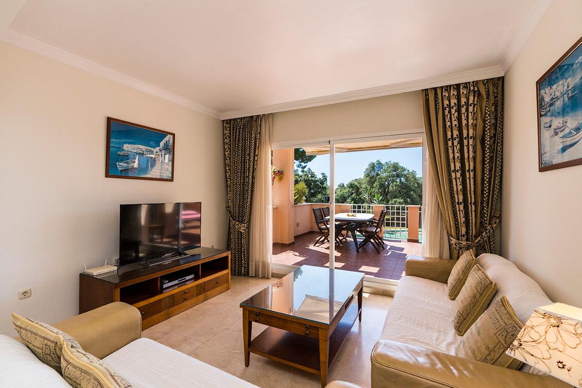 Apartment Middle Floor Elviria Málaga Costa del Sol R3531658 3