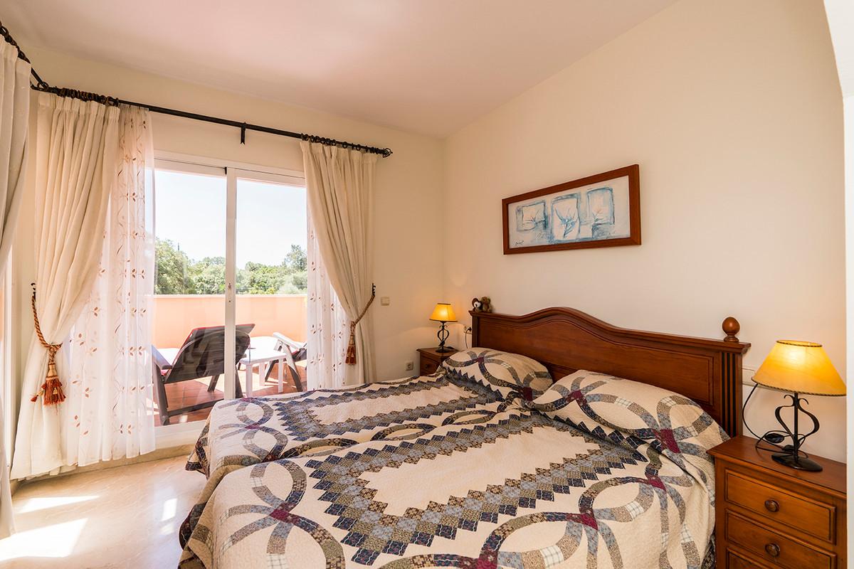 Apartment Middle Floor Elviria Málaga Costa del Sol R3531658 6