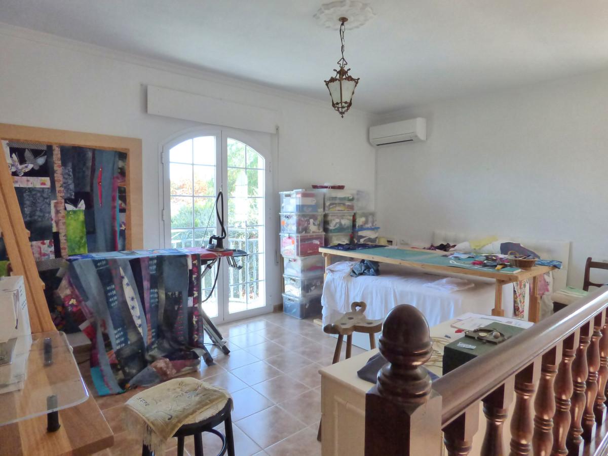 House in Alhaurín el Grande R3751153 42
