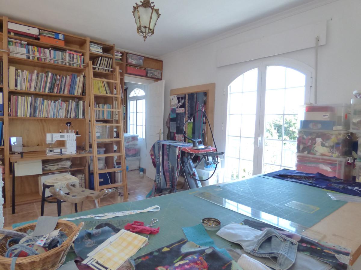 House in Alhaurín el Grande R3751153 43