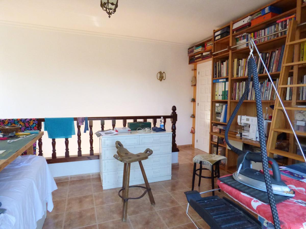 House in Alhaurín el Grande R3751153 45