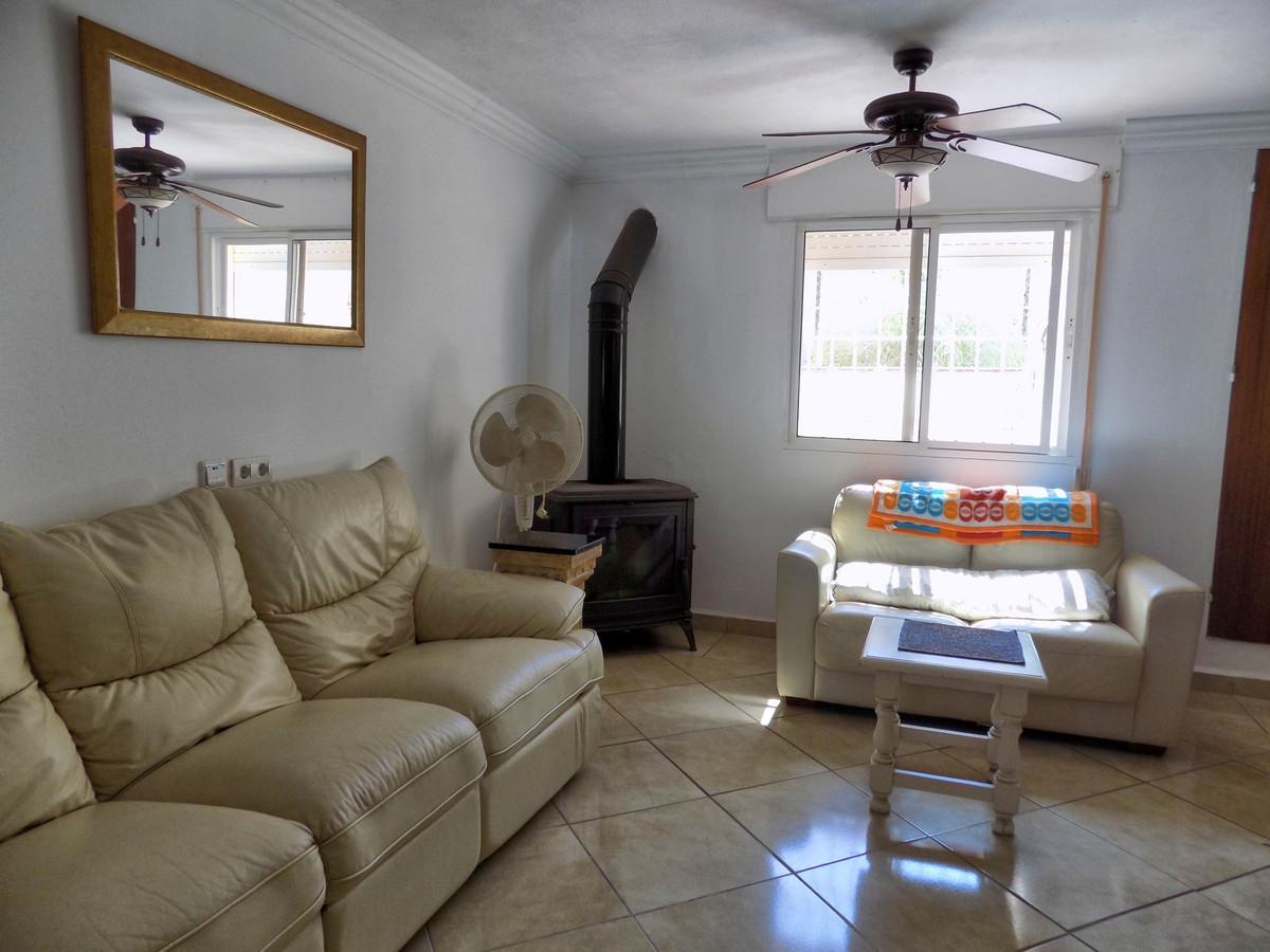 House in Alhaurín de la Torre R3233326 9