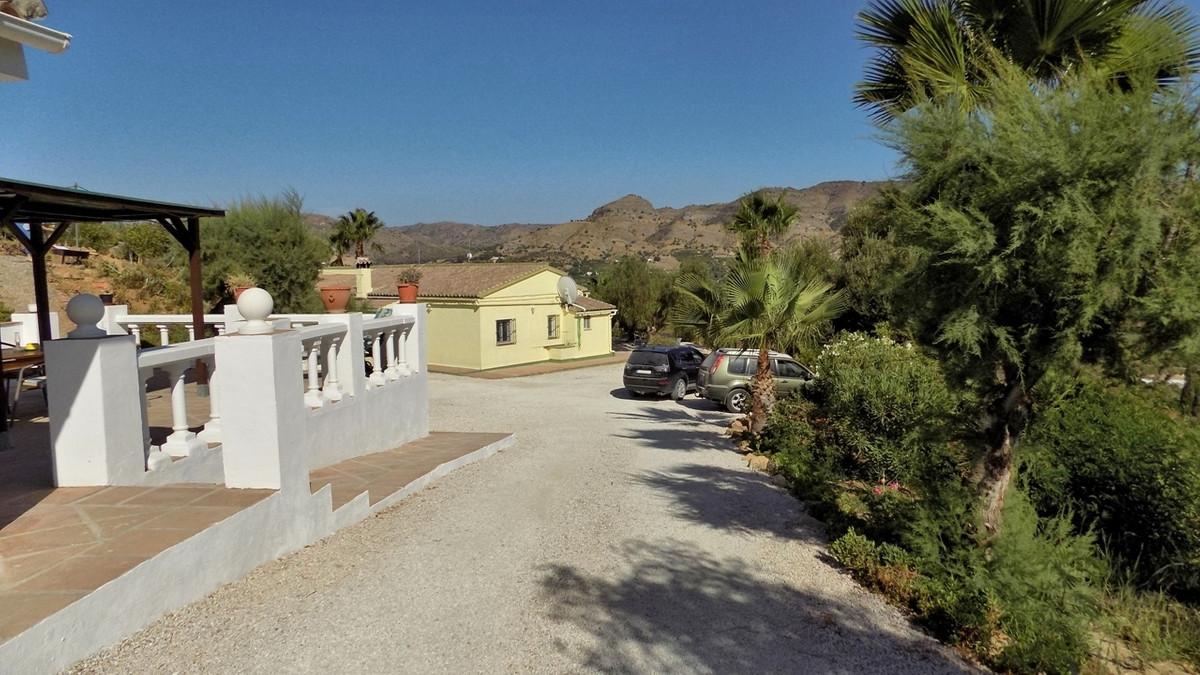 Villa in Pizarra