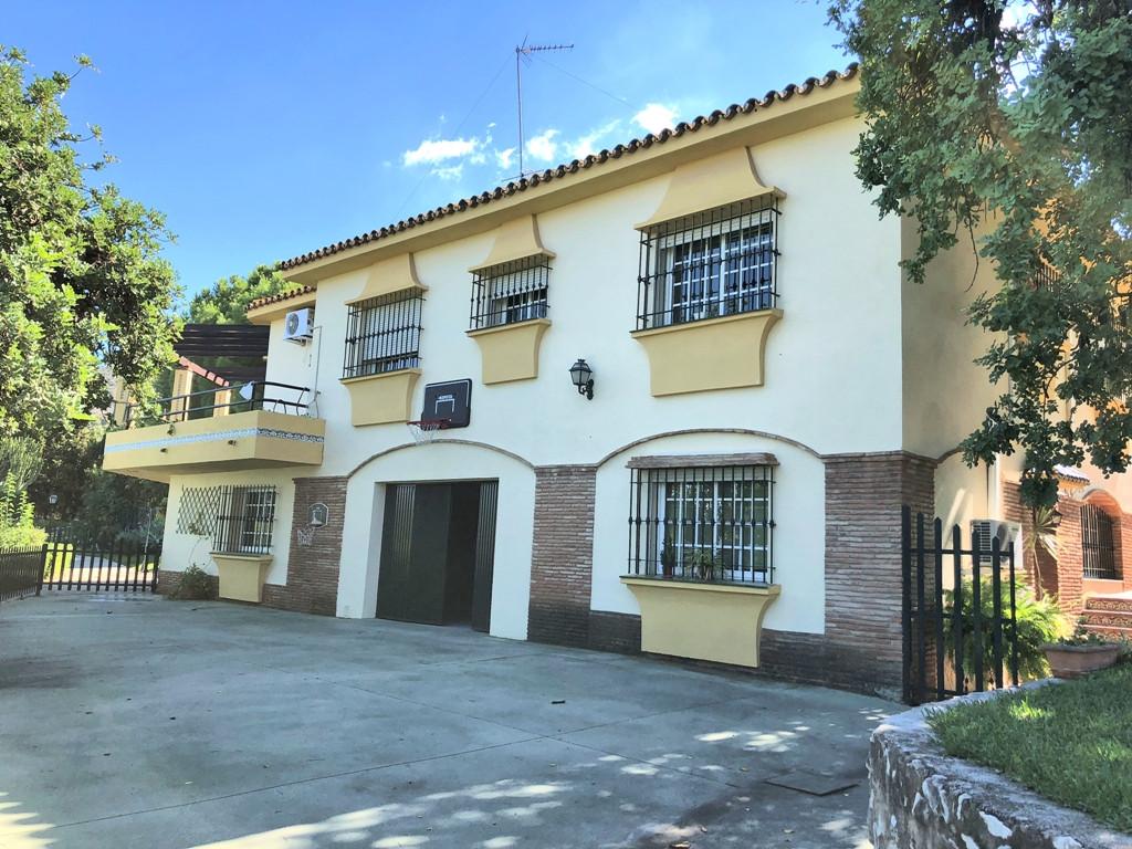 Detached Villa, Alhaurin de la Torre, Costa del Sol. 5 Bedrooms, 3 Bathrooms, Built 306 m², Terrace ,Spain