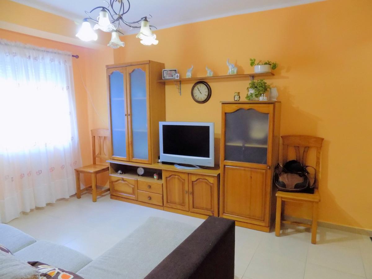 Apartamento Planta Baja 1 Dormitorio(s) en Venta Coín