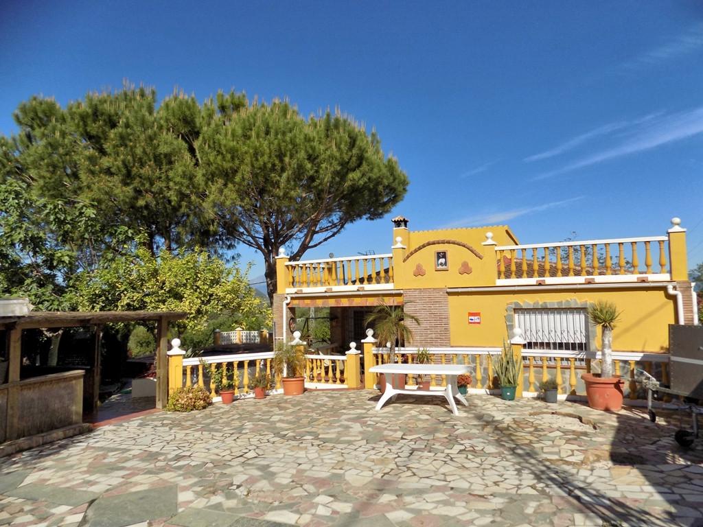 Villa 5 Dormitorios en Venta Alhaurín el Grande