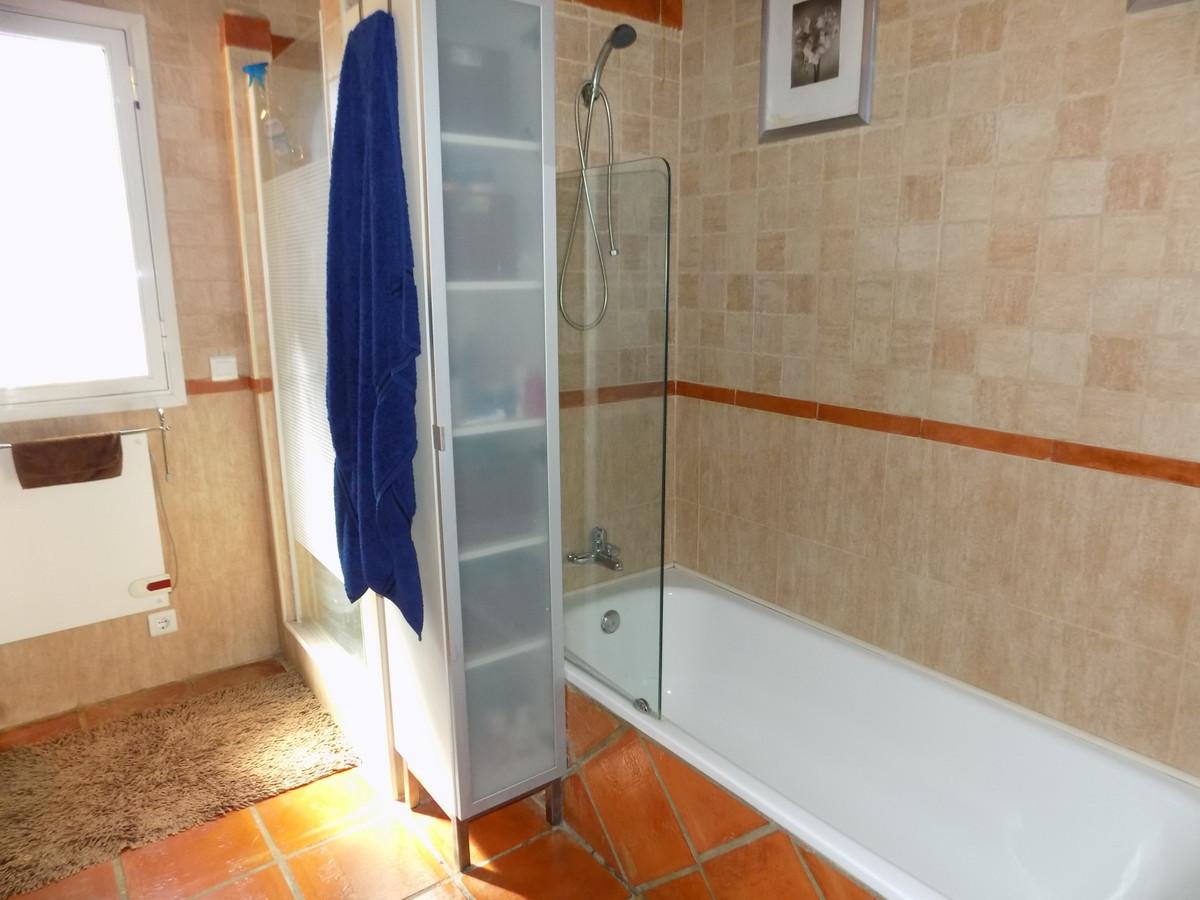 Villa con 4 Dormitorios en Venta Monda