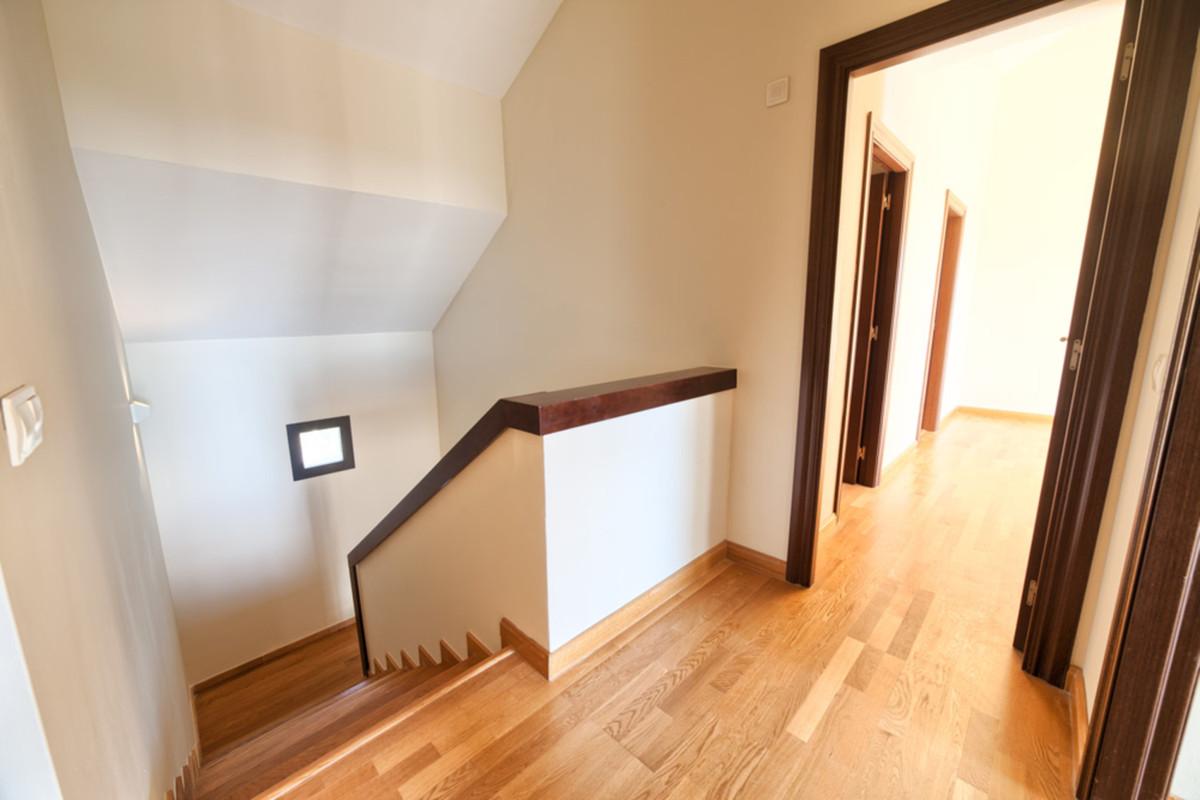 5 Bedroom Villa For Sale, Benahavís