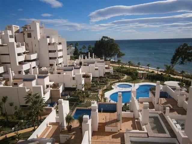 Ground floor apartment in Bahia de la Plata with private pool.  It has 2 bedrooms, 2 bathrooms, livi,Spain