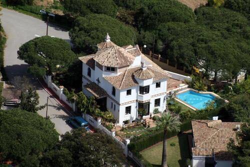 Villa  Independiente en venta   en Elviria