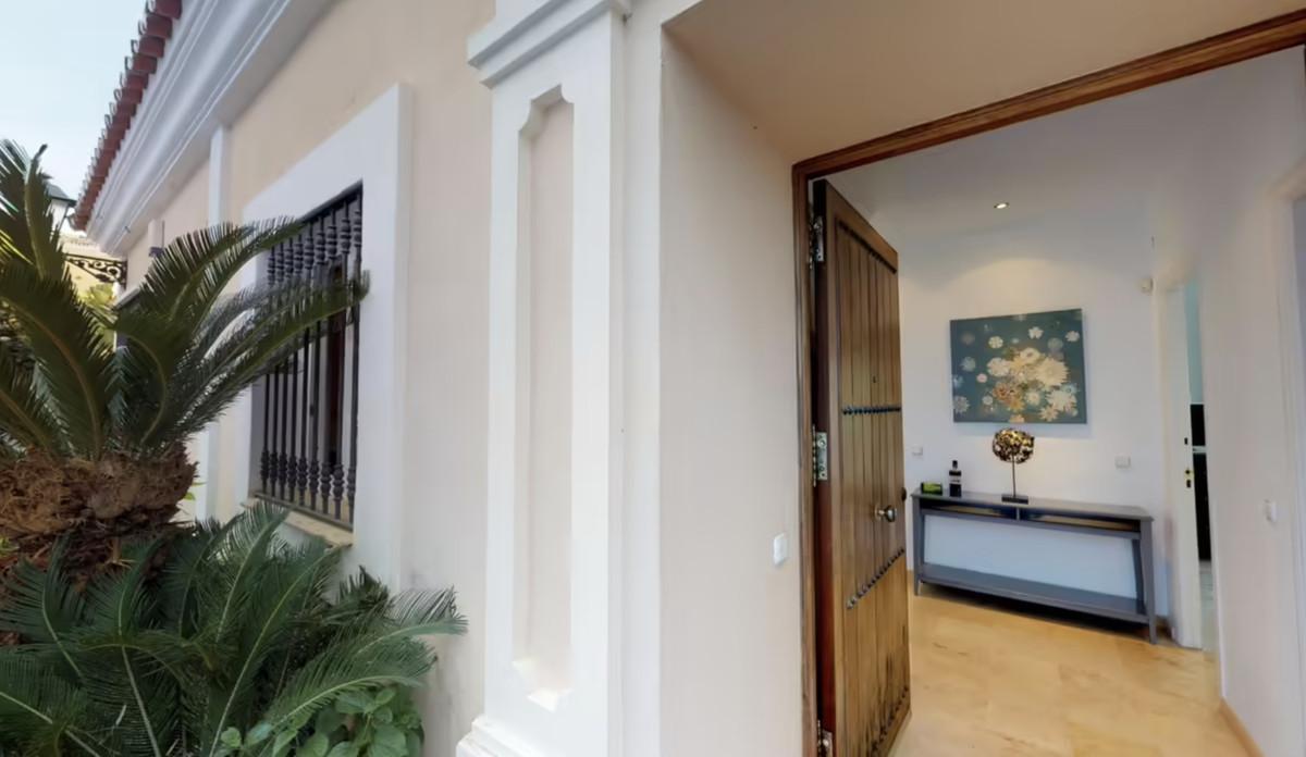 Villa Til salg i Marbella R3386437