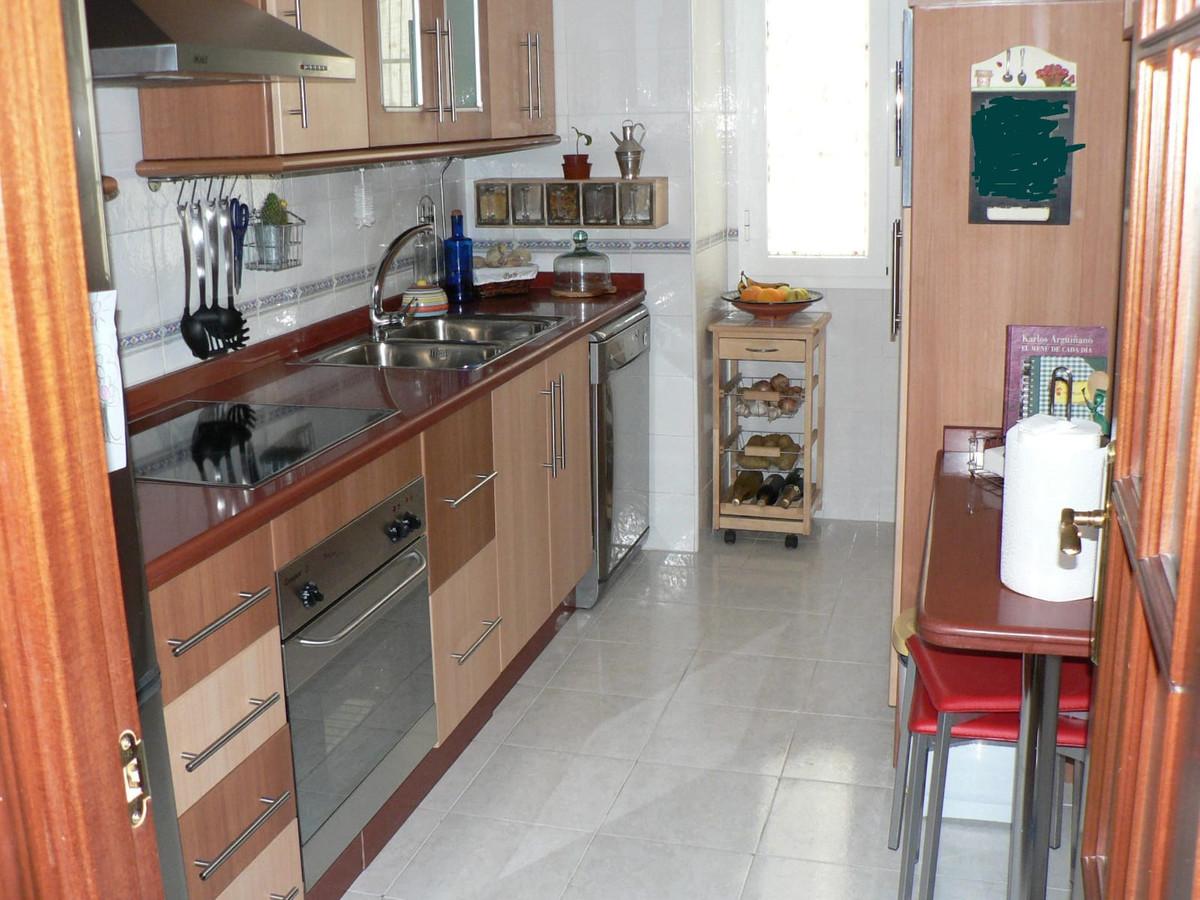 Middle Floor Apartment, Malaga 2mn walking from historic centre, Costa del Sol. 2 Bedrooms, 2 Bathro,Spain