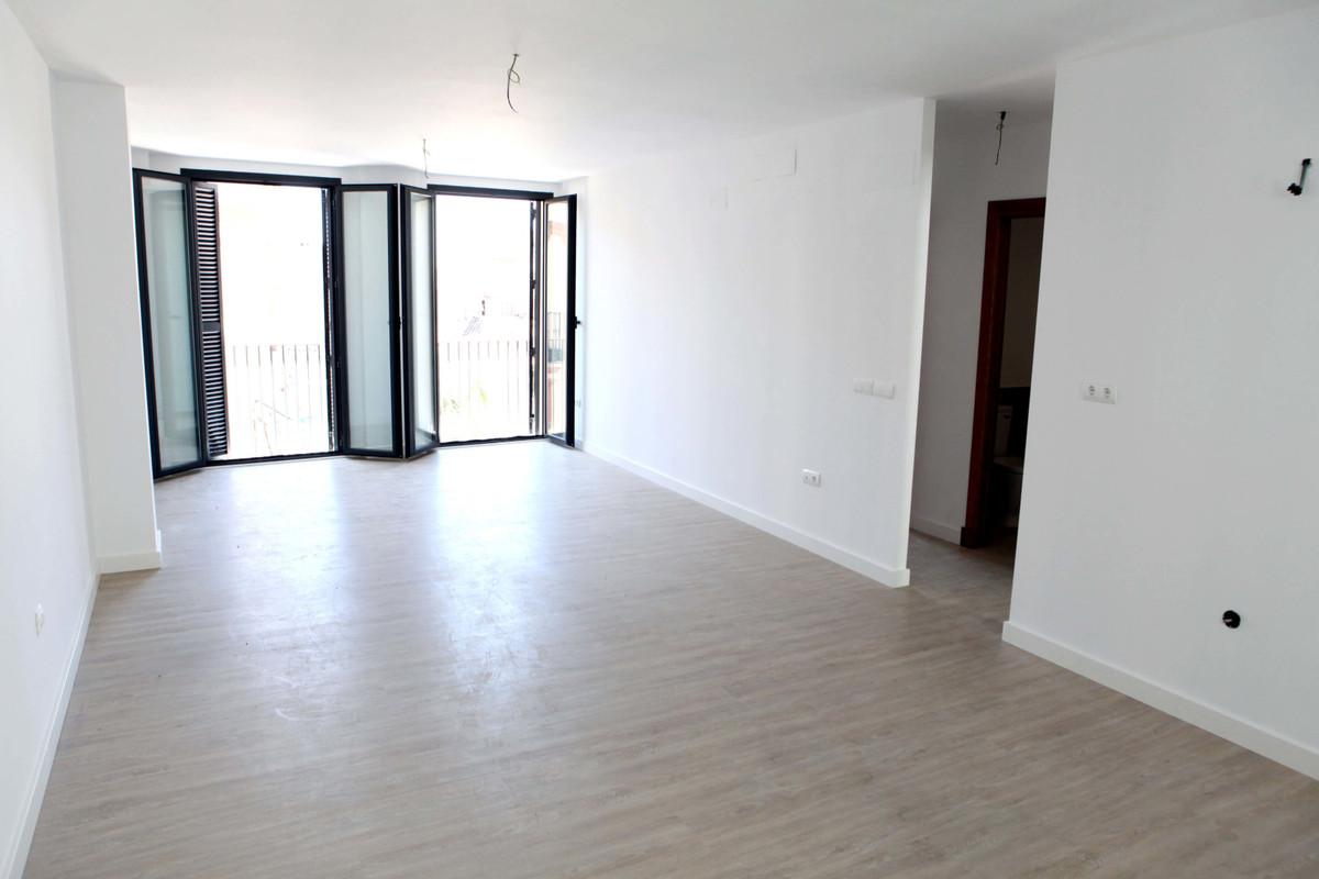 Apartamento Planta Media a la venta en Málaga Centro