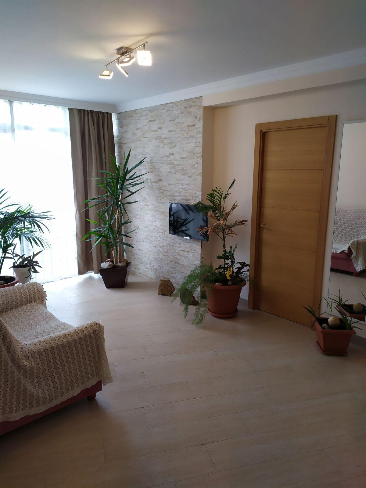 Middle Floor Apartment, Fuengirola, Costa del Sol. 3 Bedrooms, 1 Bathroom, Built 68 m².  Setting : T,Spain