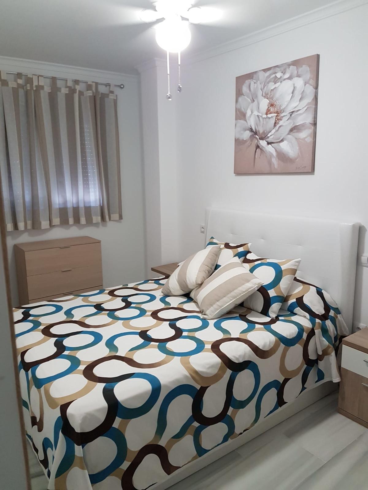 Middle Floor Apartment, Los Boliches fuengirola, Costa del Sol. 2 Bedrooms, 2 Bathrooms, Built 65 m2,Spain