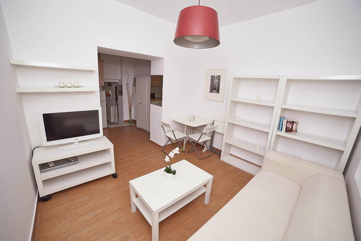 Reserved. Ground Floor Apartment, Malaga 2mn walking historic Centre, Costa del Sol. 1 Bedroom, 1 Ba,Spain