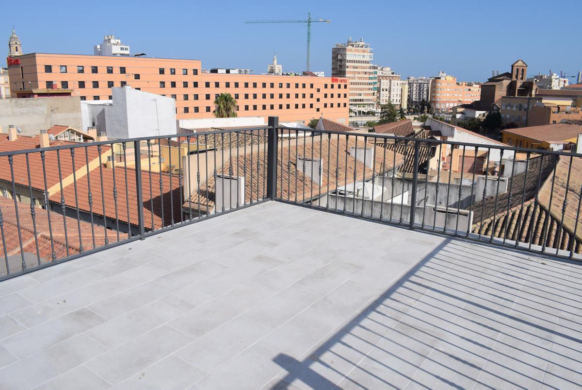 Apartment Complex, 1mn walking Malaga historic Centre, Costa del Sol. Built 120 m2;. 4 studios, 1 wi,Spain