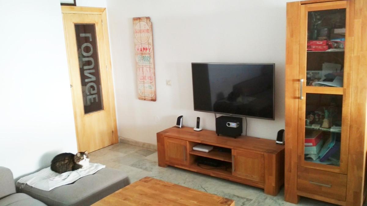 Middle Floor Apartment, Fuengirola Feria area, Costa del Sol. 2 Bedrooms, 2 Bathrooms, Built 110 m2;,Spain