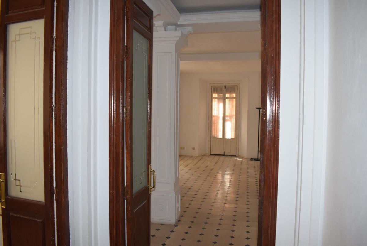 Middle Floor Apartment, Malaga historic Centre Cervantes theater area, Costa del Sol. 2 Bedrooms, 2 ,Spain