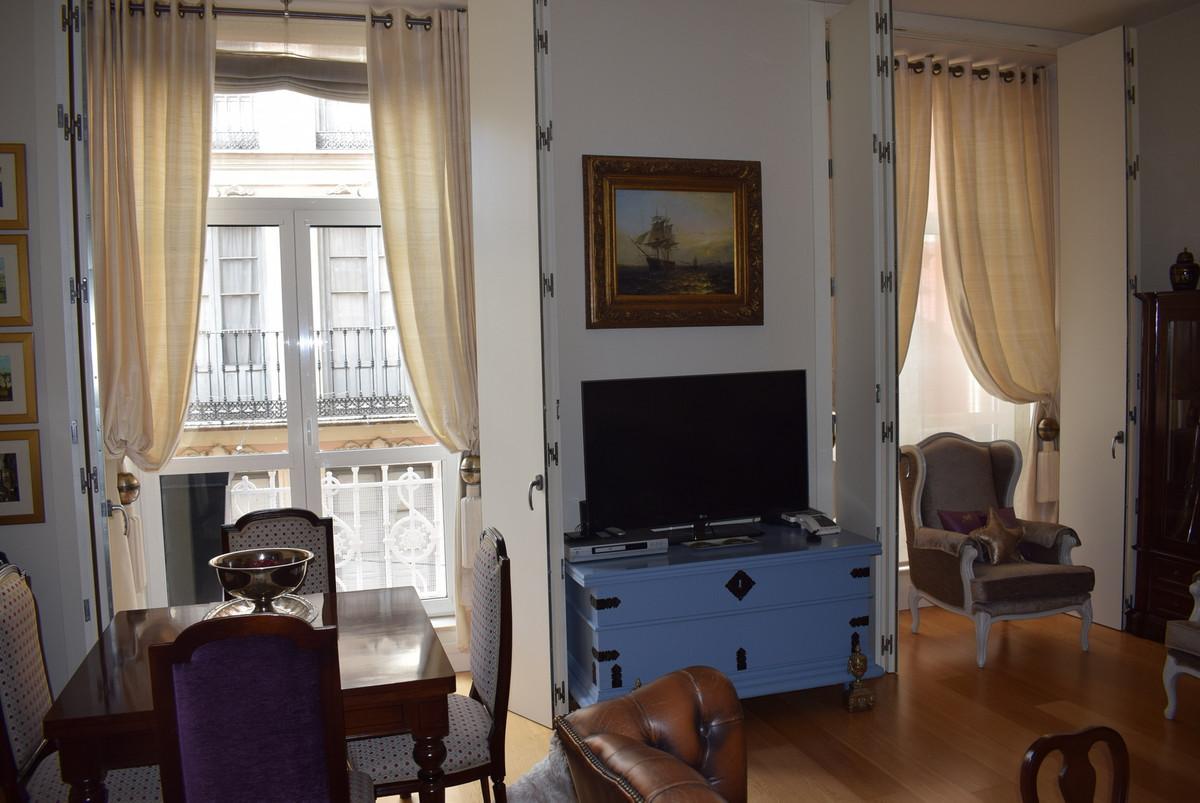 Middle Floor Apartment, Malaga Historic centre Calle Nueva, Costa del Sol. 3 Bedrooms, 2.5 Bathrooms,Spain