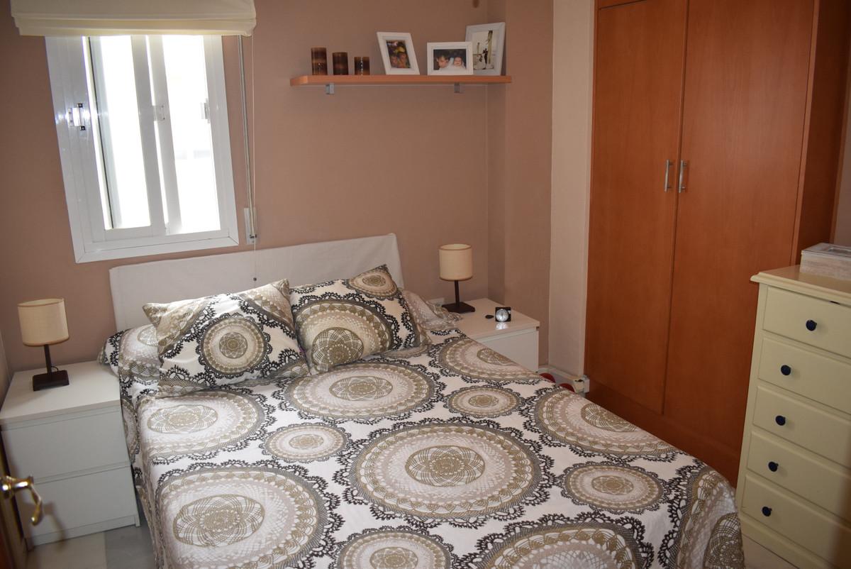 Top Floor Apartment, Malaga 10mn walking historic centre, Costa del Sol. 2 Bedrooms, 1 Bathroom, Bui,Spain
