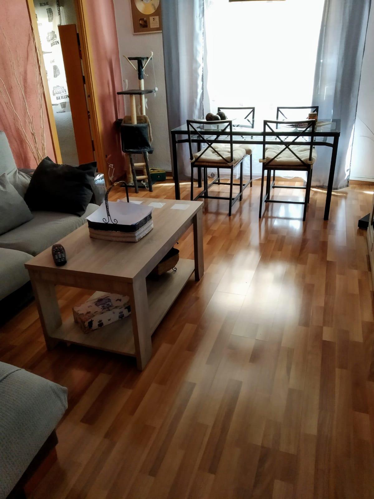 Middle Floor Apartment in Málaga Centro R3411196