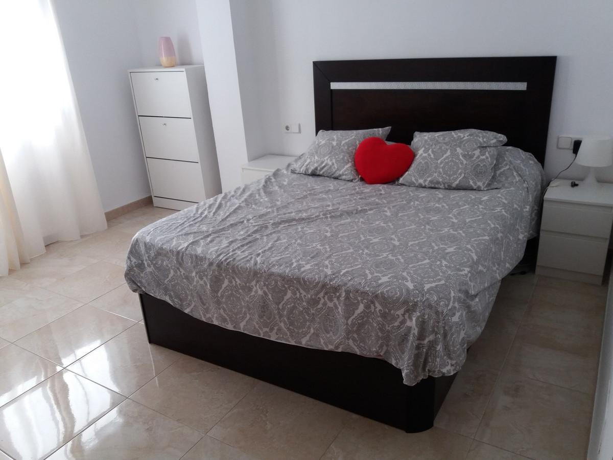Middle Floor Apartment, Carretera de Cadiz Malaga Huelin, Costa del Sol. 3 Bedrooms, 1 Bathroom, Bui,Spain