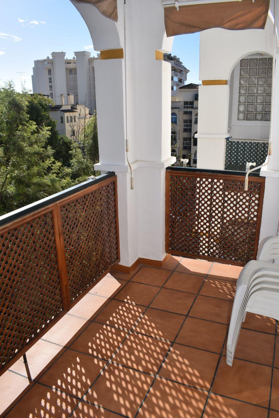 Middle Floor Apartment, Marbella centre, Costa del Sol. 2 Bedrooms, 2 Bathrooms, Built 82 m2;.  Sett,Spain