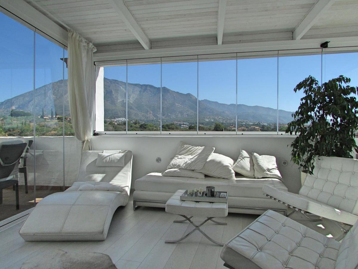 Beautiful renovated apartment with panoramic views in Lomas de Marbella Club, Marbella.  Nicely reno,Spain