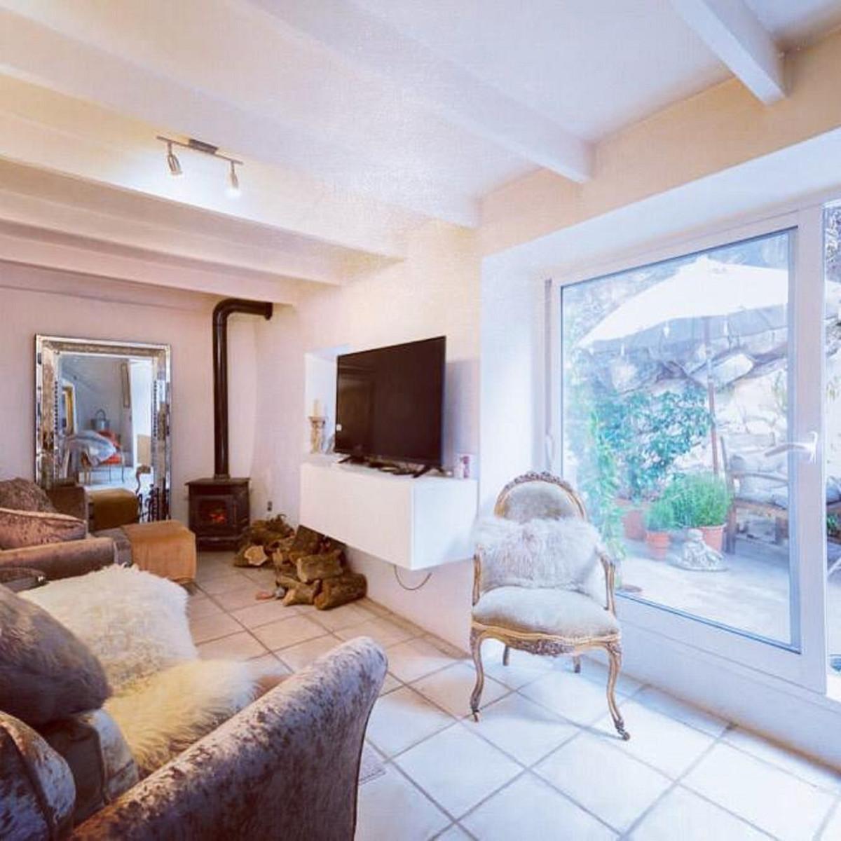 2 dormitorio unifamiliar en venta guaro