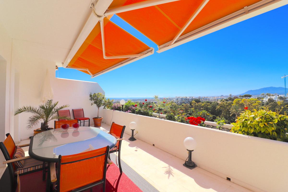 EL ANCON SIERRA, MARBELLA GOLDEN MILE, DUPLEX PENTHOUSE WITH OUTSTANDING VIEW  Duplex Penthouse in L,Spain