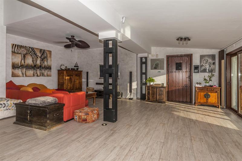 House in Mijas R2333480 7
