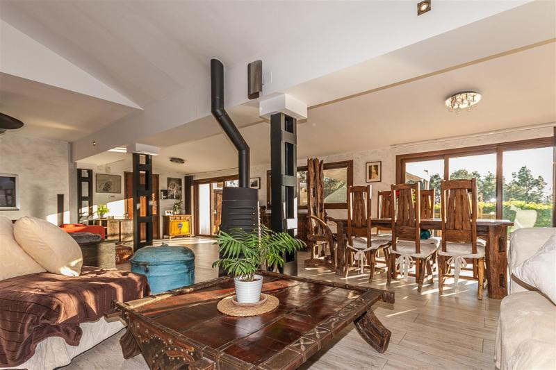 House in Mijas R2333480 9