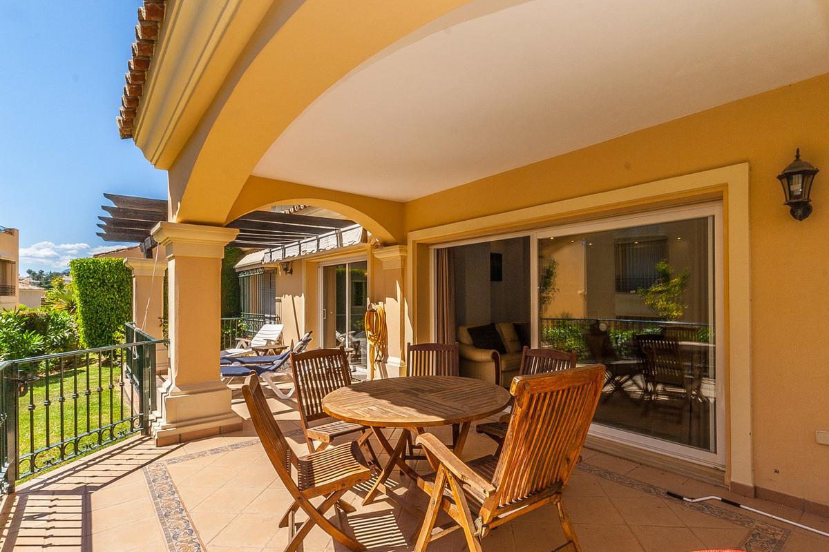 Apartment  Ground Floor for sale   in Elviria
