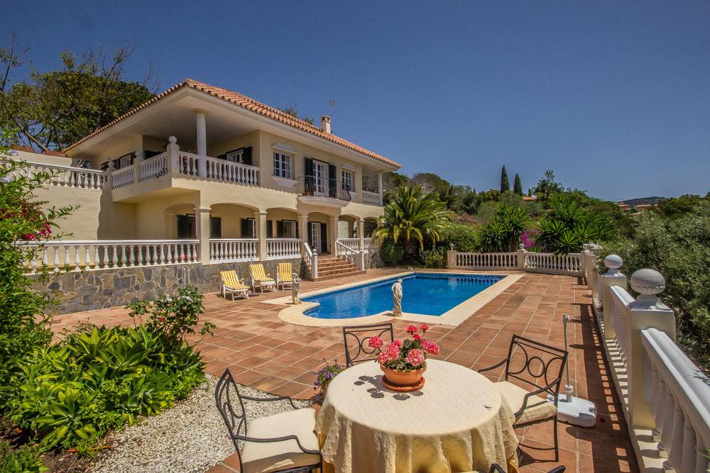 House in Elviria R2700632 27