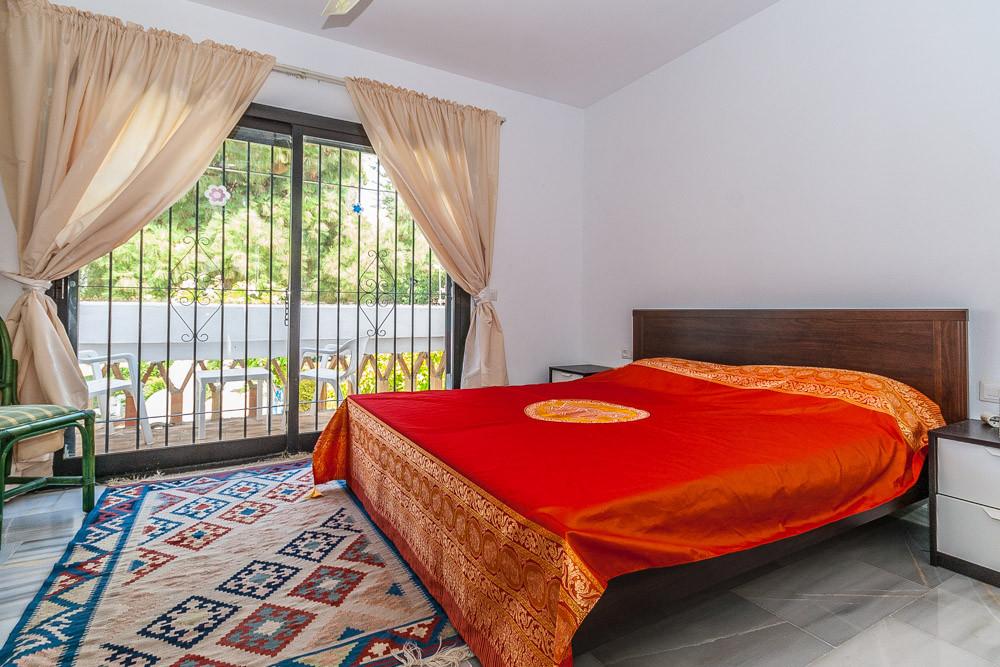 House in Calahonda R3239320 4