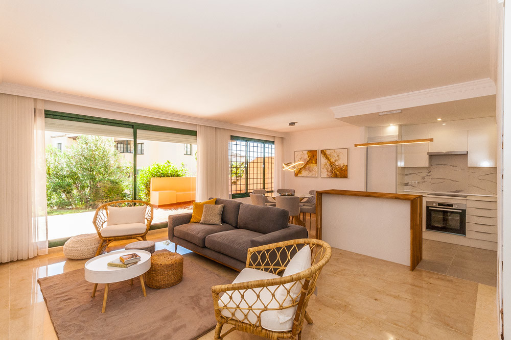 Great 2 bedroom ground floor apartment in Elviria. Located in El Manantial this apartment offers wal,Spain