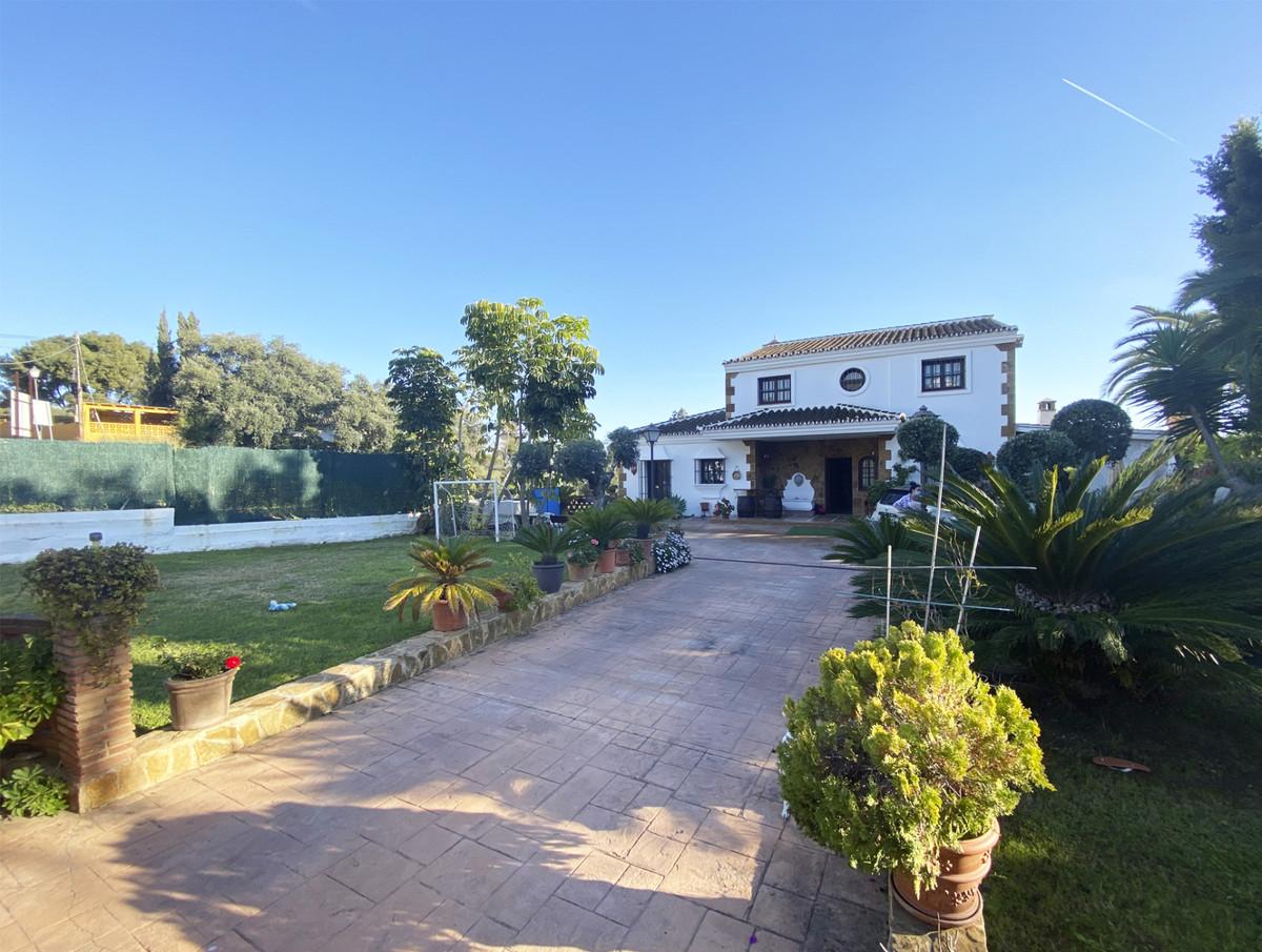 Villa zu verkaufen in Elviria R3827863