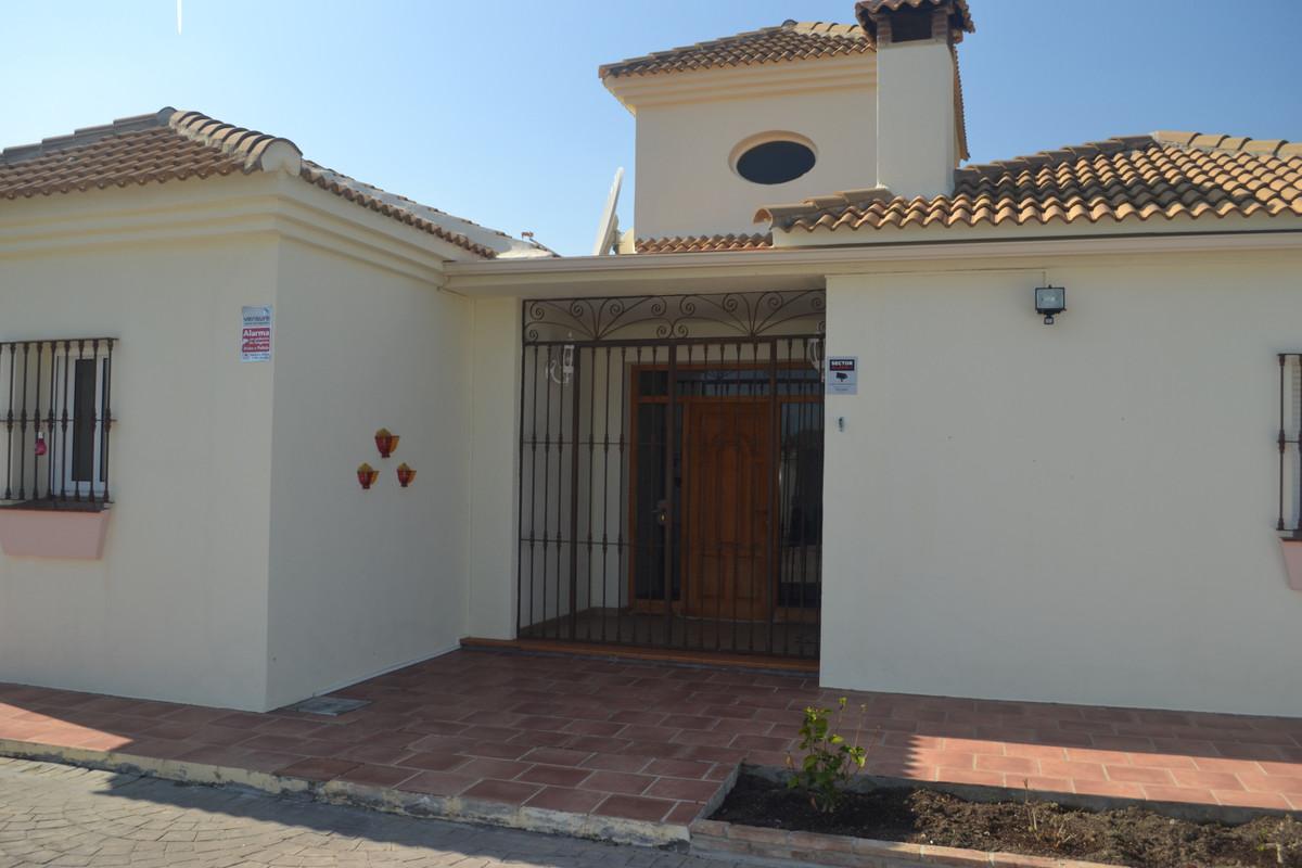 House in Alhaurín el Grande R3744406 1