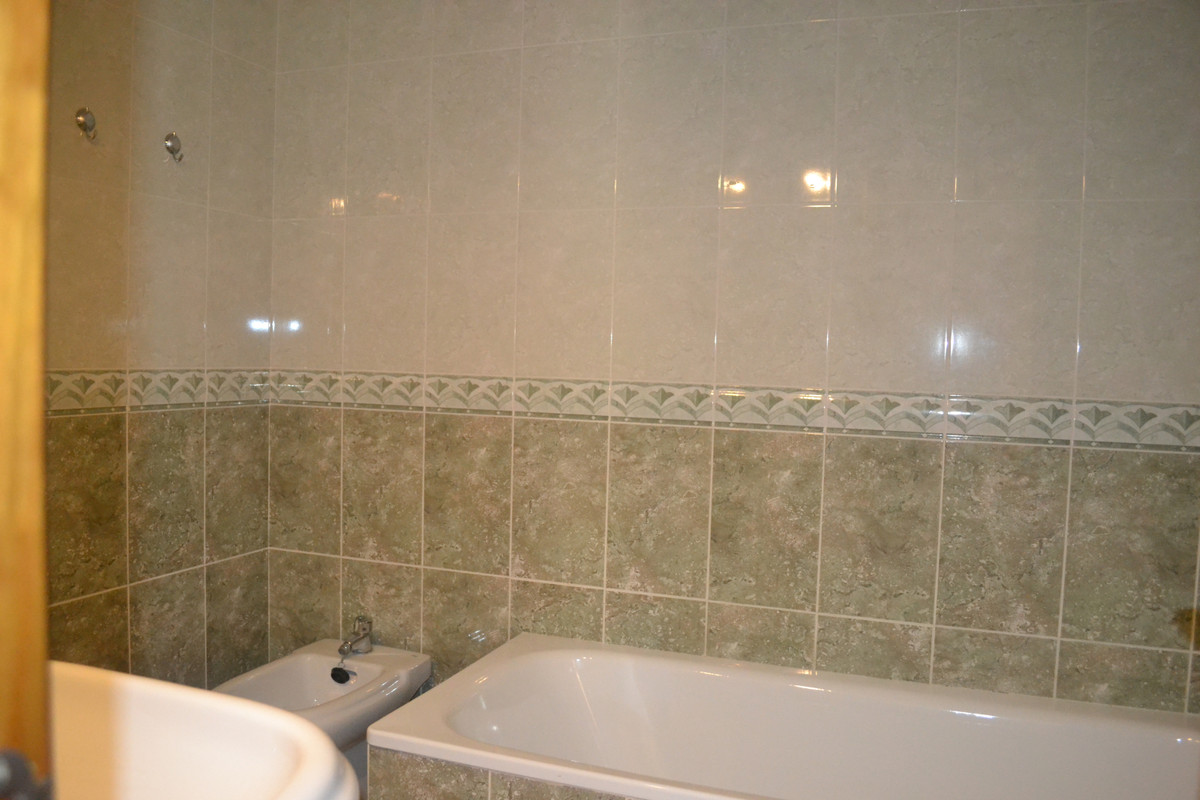 House in Alhaurín el Grande R3744406 25