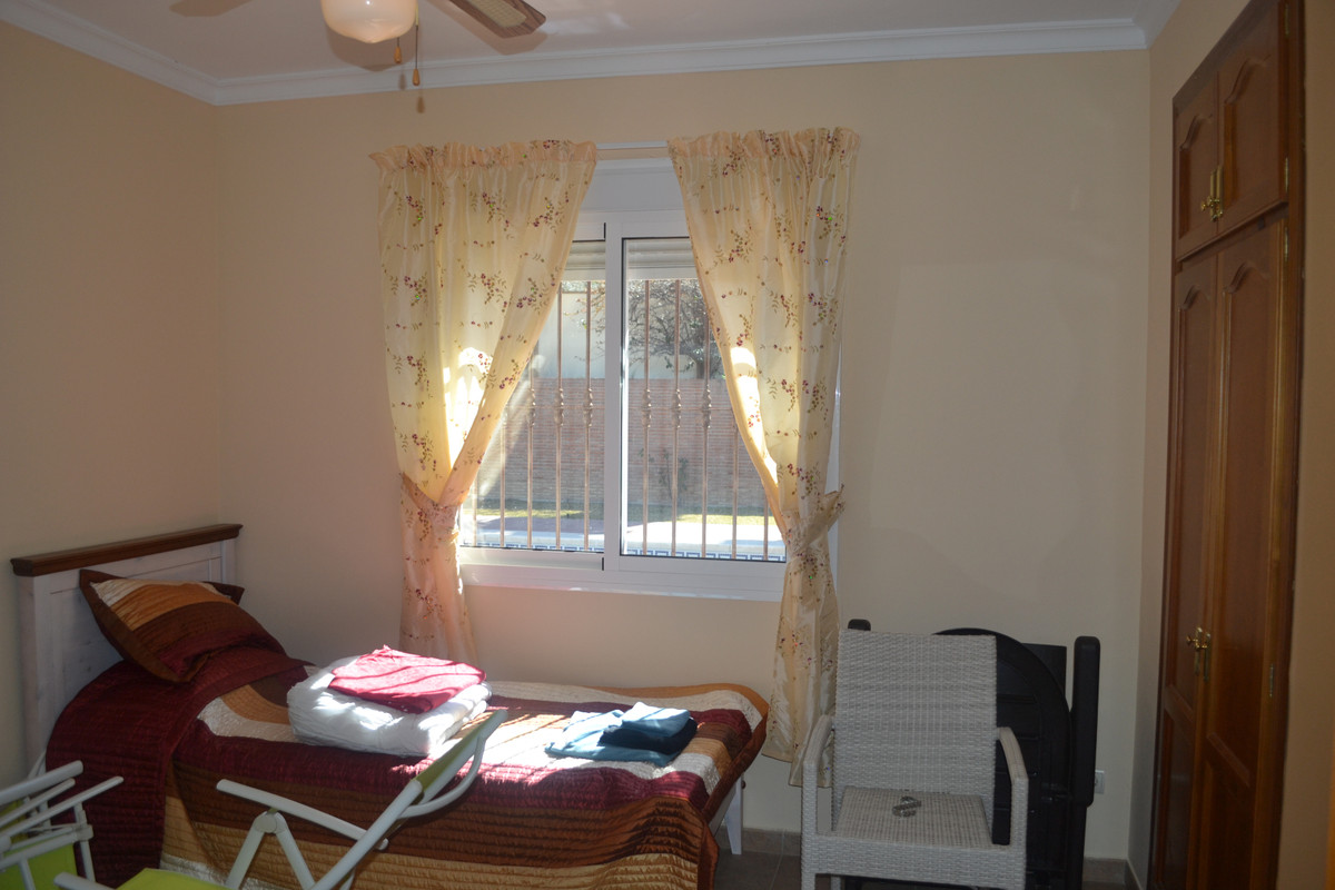 House in Alhaurín el Grande R3744406 27