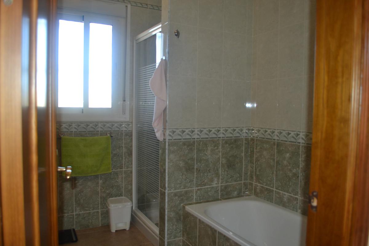 House in Alhaurín el Grande R3744406 30