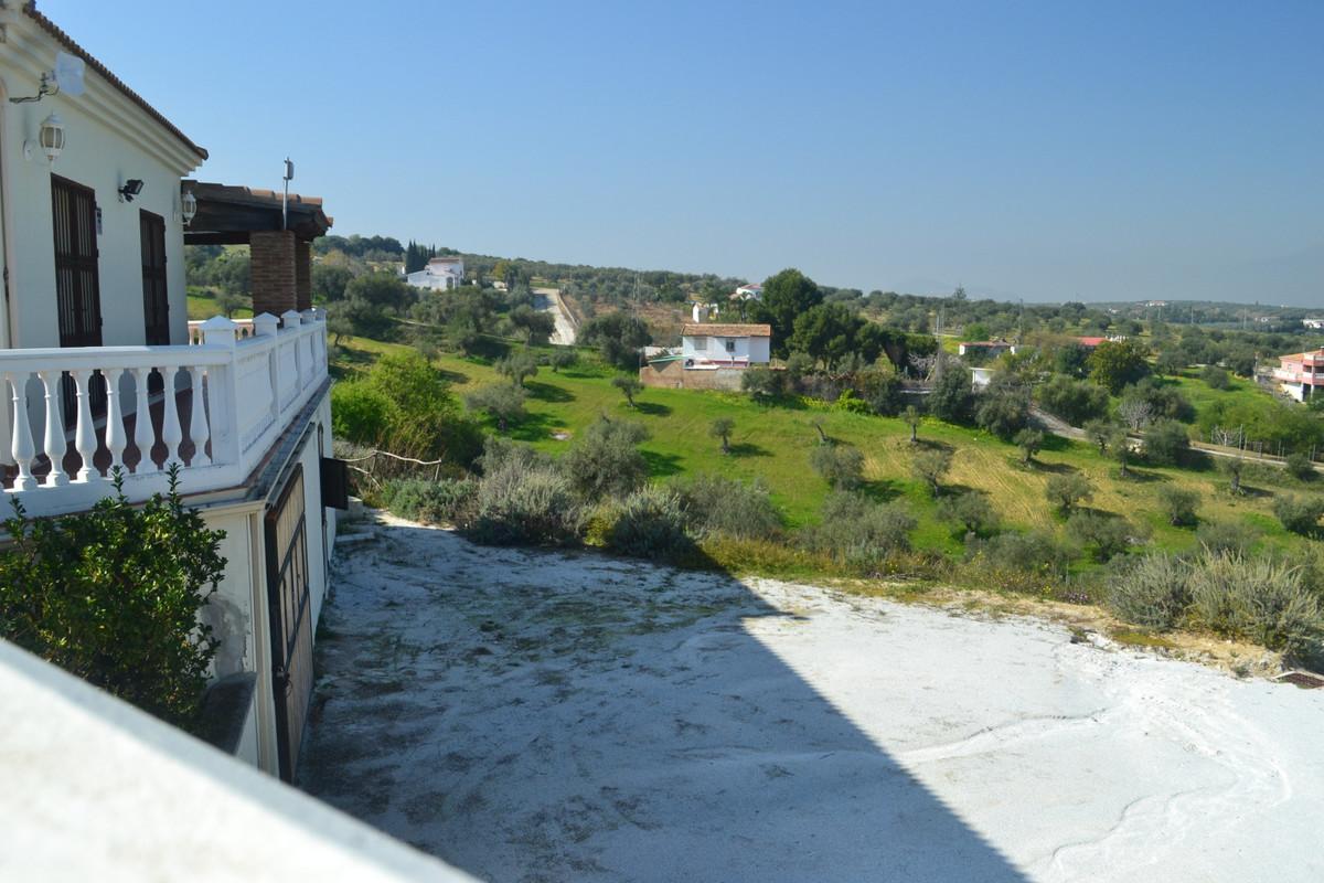 House en Alhaurín el Grande R3744406 32