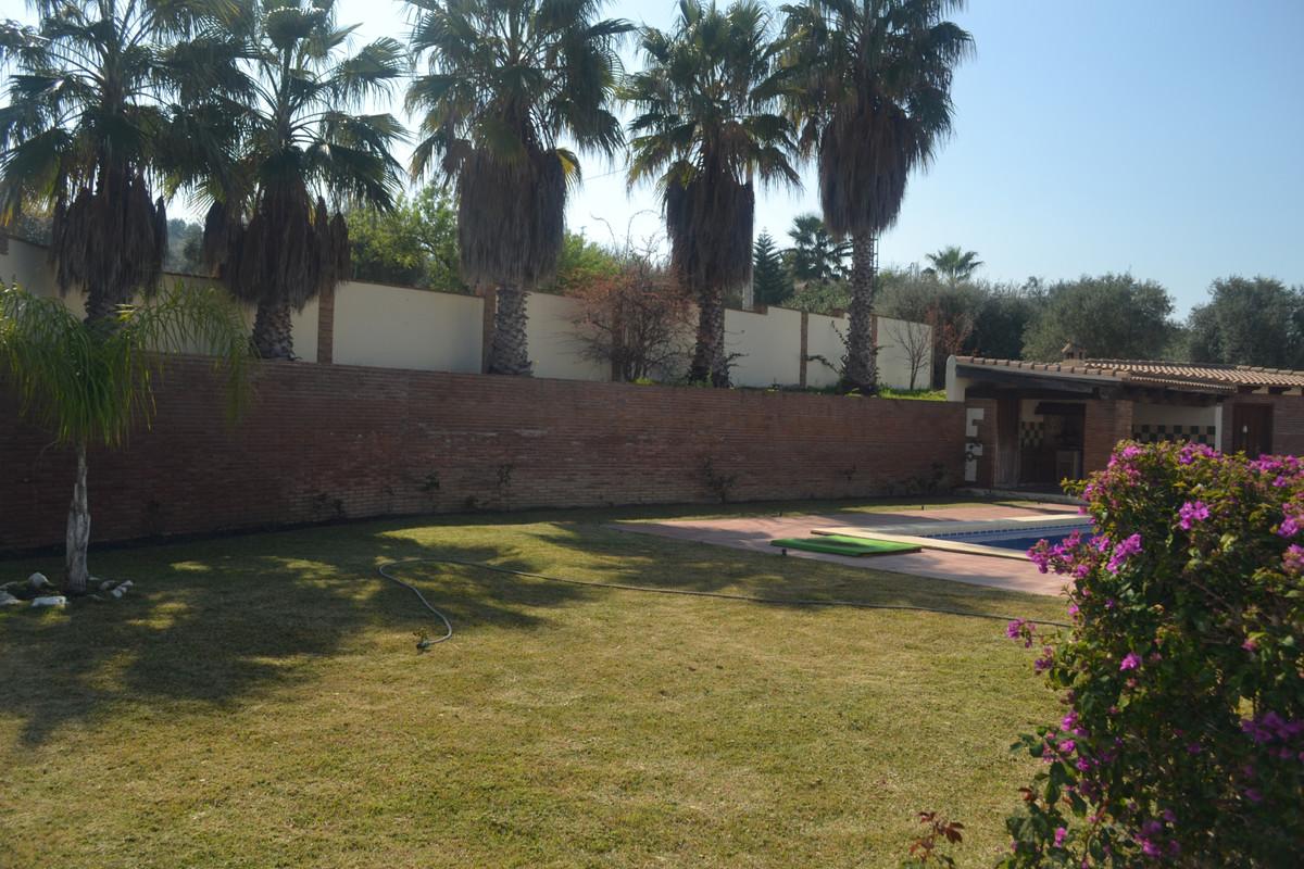 House en Alhaurín el Grande R3744406 4