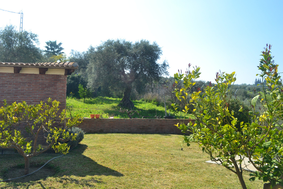 House in Alhaurín el Grande R3744406 41