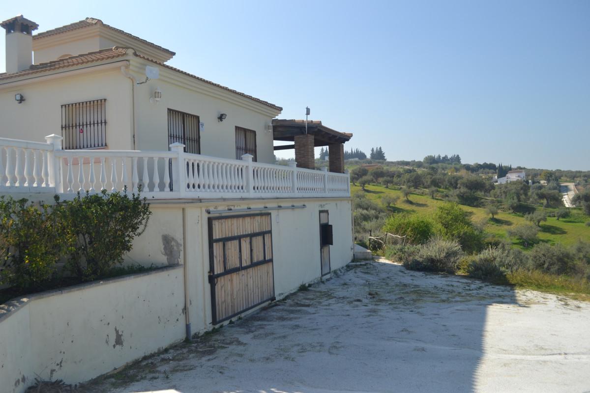 House in Alhaurín el Grande R3744406 44
